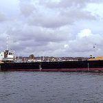 Split hopper barge Needles