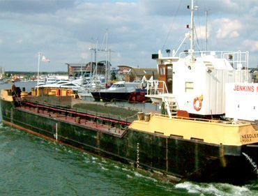 split hopper barges
