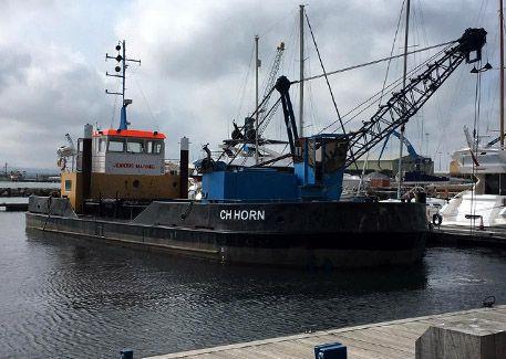 CH Horn grab split hopper dredger