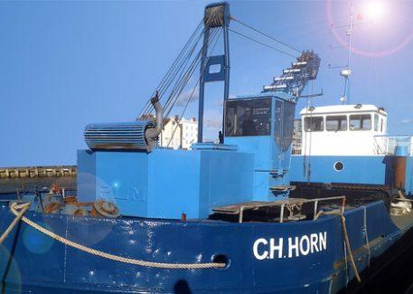Hopper barge CH Horn