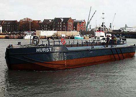 Hurst split hopper barge