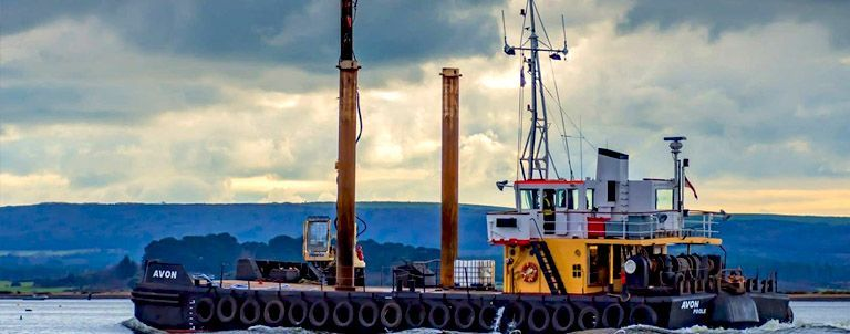 Utility vessel Avon