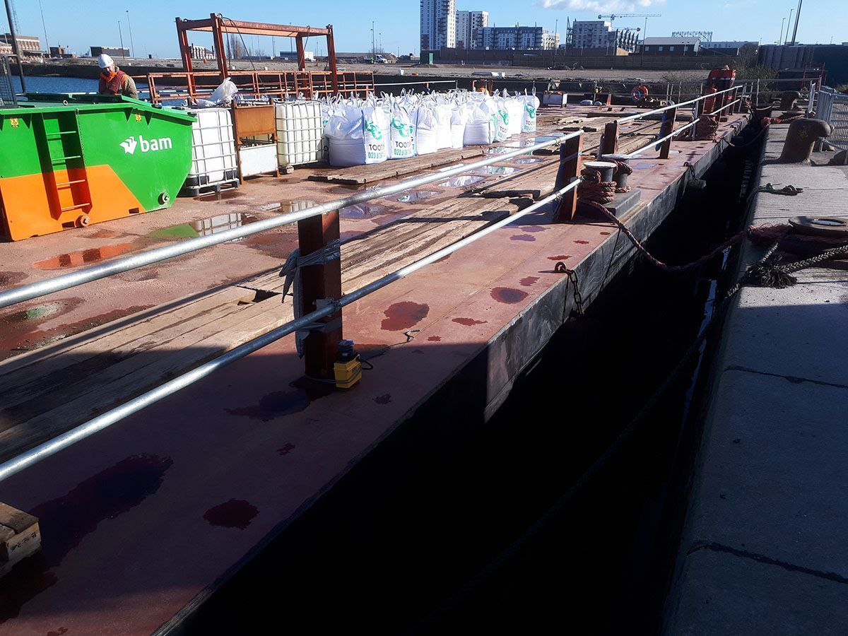 Barge Hire Booming