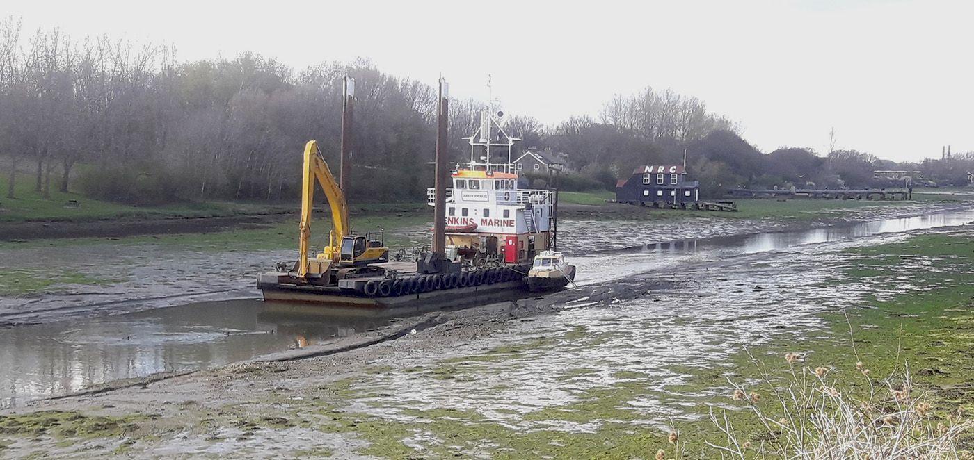 Doreen Dorward in Medina river Newport dredging